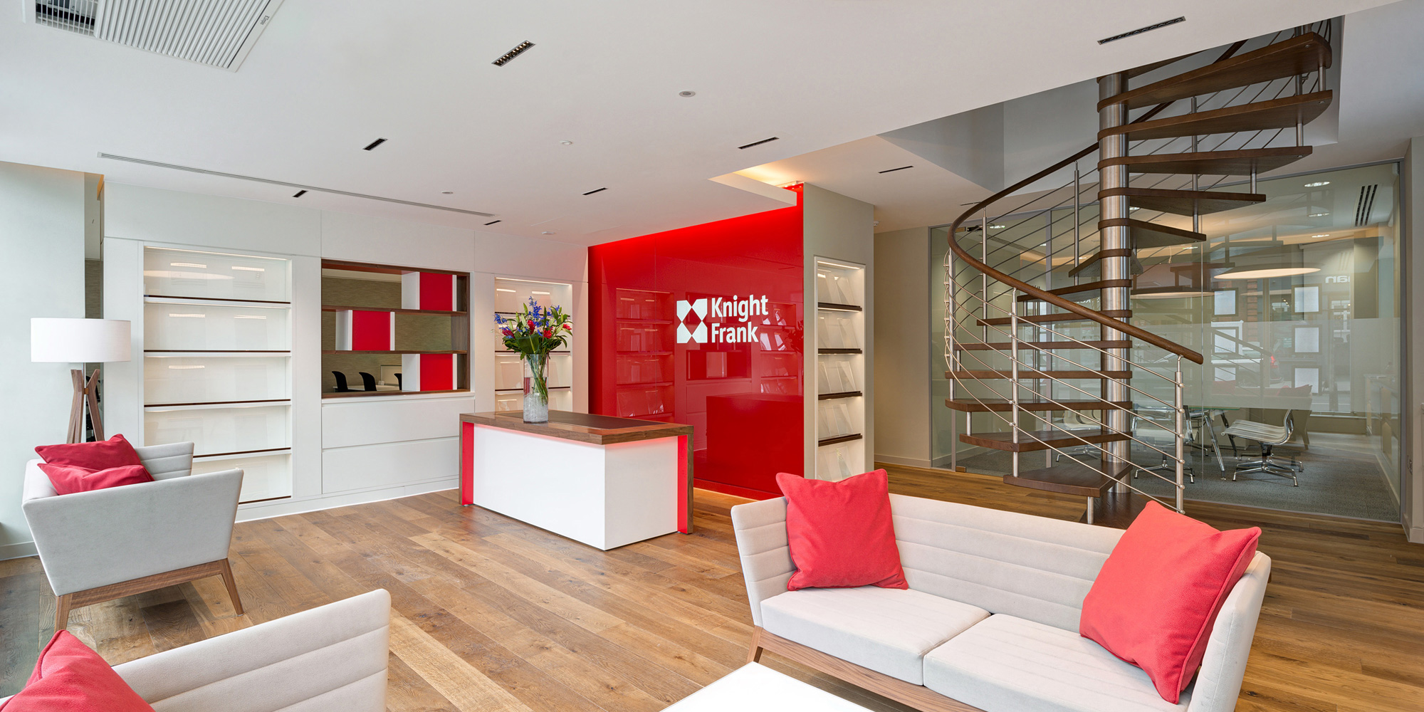 Sales and letting agencies design - reception and client waiting areas