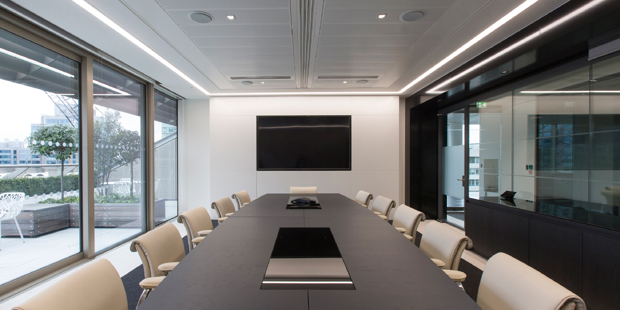 Showing an office fit-out at one of the Caixa Geral De Depósitos premises located in Fore Street, London